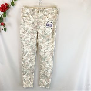 NWT Seven7 High Rise Skinny Floral Roses Pants